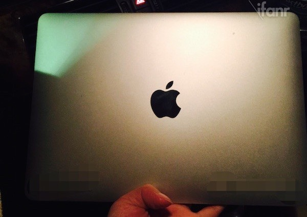 MacBook Air 12_4