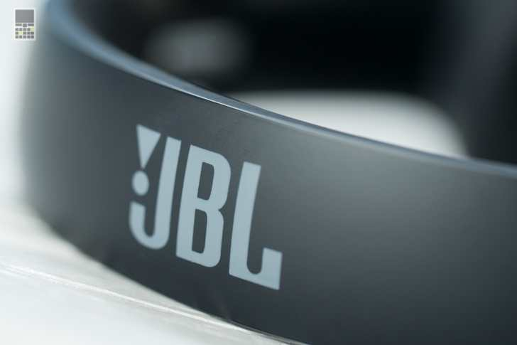 jbl-everest-elite-300-11