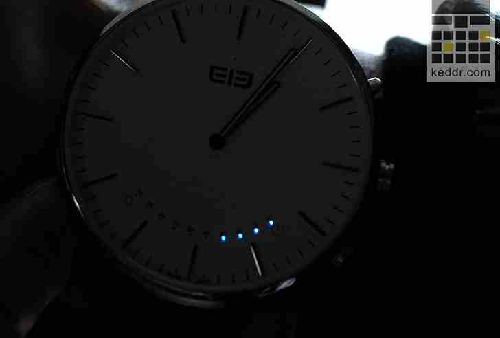smart watch.00_03_29_18.Still013